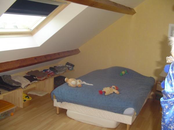 Nos réalisations chambre mansardée dressing sous pentecousin bois